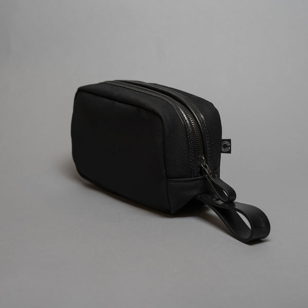 Croots England black wash bag